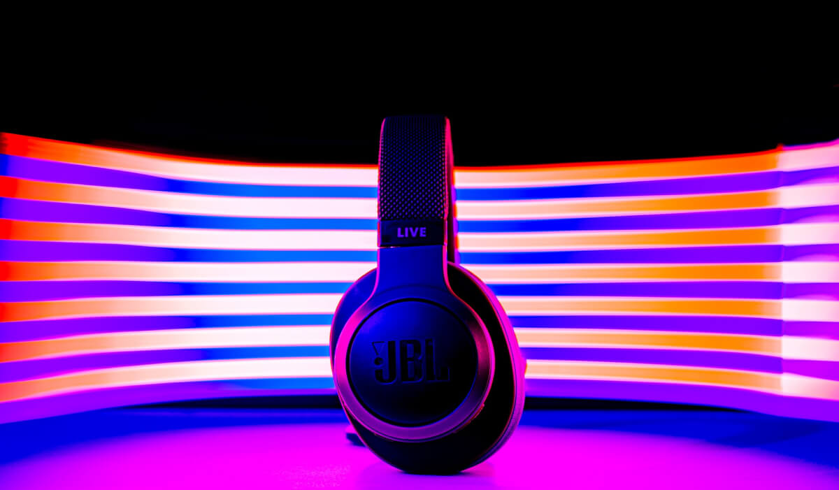 Los 10 mejores auriculares JBL calidad precio: pros, contras y opiniones