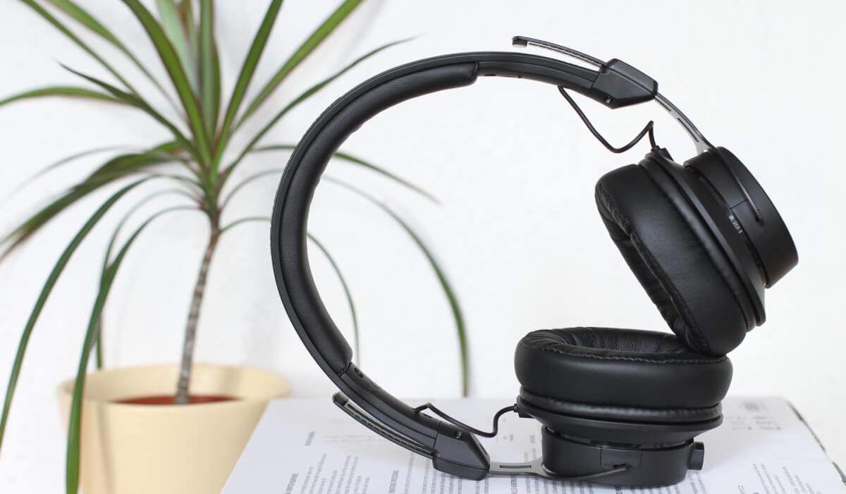 Los 8 mejores auriculares Plantronics (Poly) calidad precio: pros, contras y opiniones