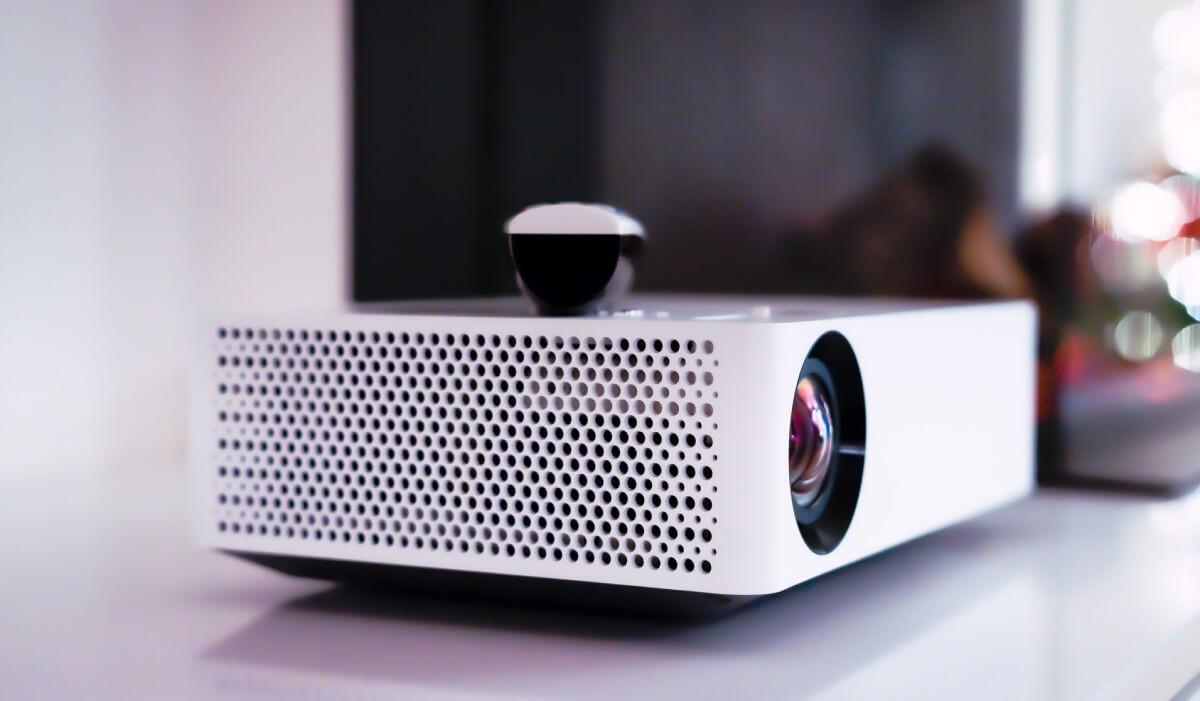 Los mejores mini proyectores calidad precio: pros, contras y opiniones